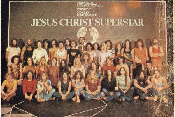 cast-jesus-christ-superstarDED85BA7-04BB-4D08-25E4-CDF7B7B6E4EB.jpg